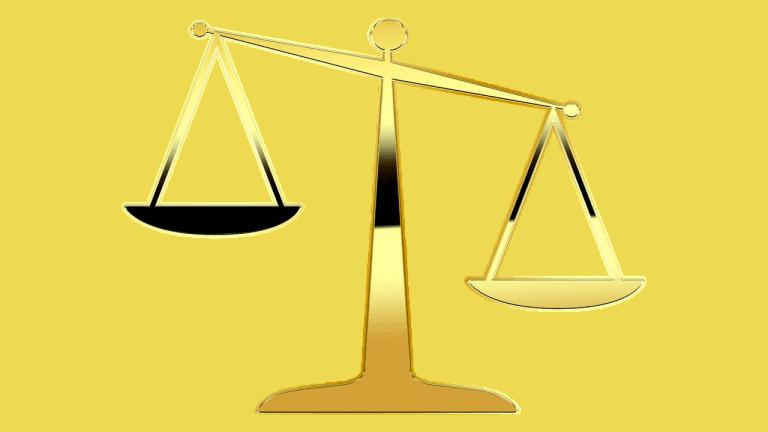 צדק וחוקים